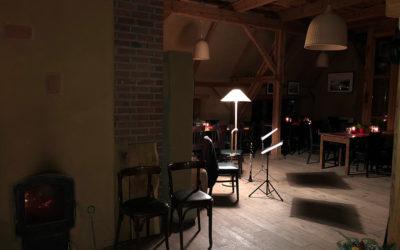 Ein Abend am Kamin – Lesung mit Musik